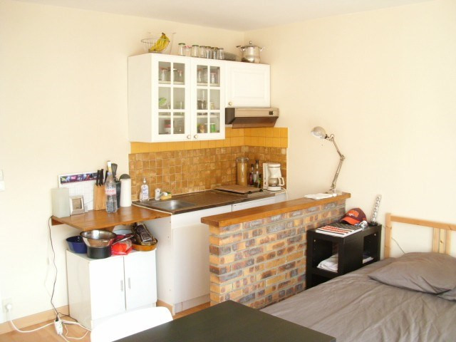 Rental apartment Maurepas 583€ CC - Picture 2