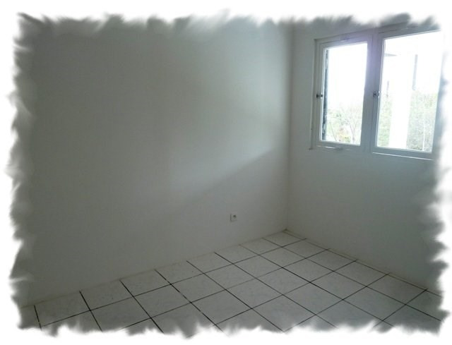 Location maison / villa Petite ile 875€ CC - Photo 5