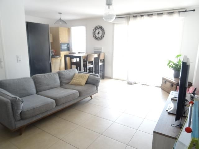 Sale apartment Chateauneuf le rouge 339900€ - Picture 2