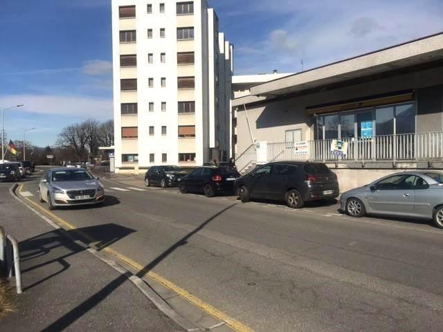 Location local commercial Bonneville 1800€ HT/HC - Photo 8
