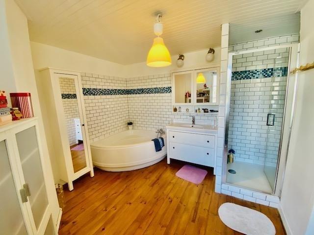 Investment property house / villa St laurent de condel 232000€ - Picture 8