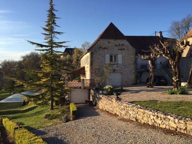Sale house / villa Azerat 397207€ - Picture 1