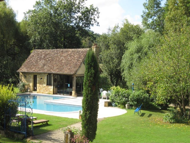 Deluxe sale house / villa Beaumont 787500€ - Picture 2