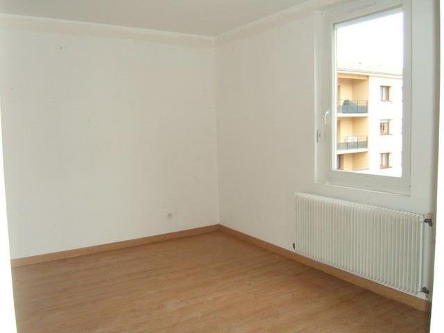 Rental apartment Roche-la-moliere 513€ CC - Picture 3