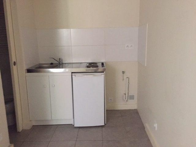 Location appartement Villefranche sur saone 316€ CC - Photo 1