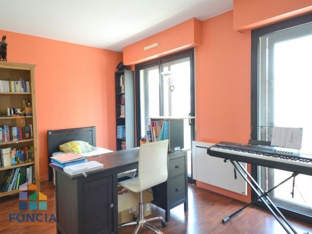Deluxe sale apartment Suresnes 875 000€ - Picture 7