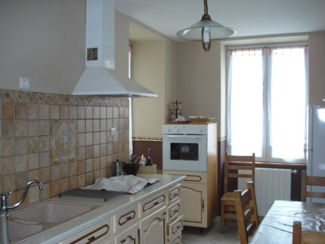 Sale house / villa Saint-agnant 159 000€ - Picture 4