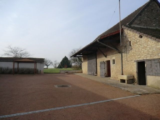 Sale house / villa Varennes le grand 253 000€ - Picture 2
