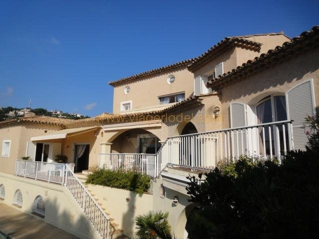 casa Roquebrune-sur-argens 310000€ - Fotografia 2