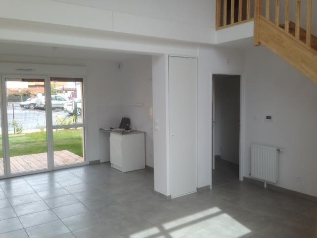 Rental apartment Labarthe sur leze 863€ CC - Picture 2