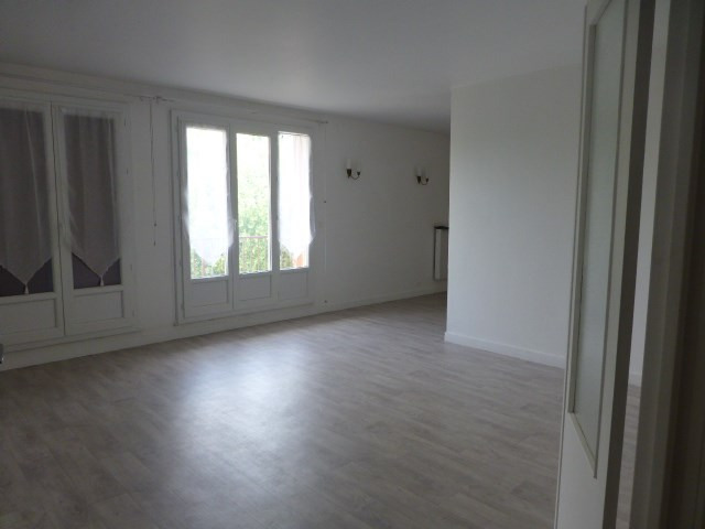 Rental apartment Bonnières-sur-seine 900€ CC - Picture 3