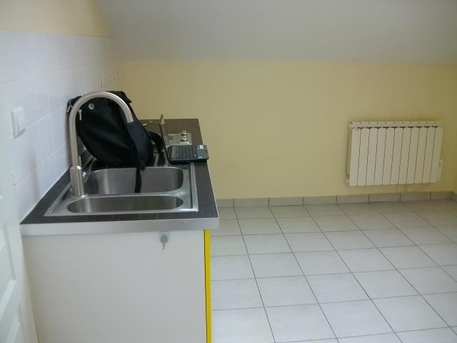 Location appartement Bron 442€ CC - Photo 3