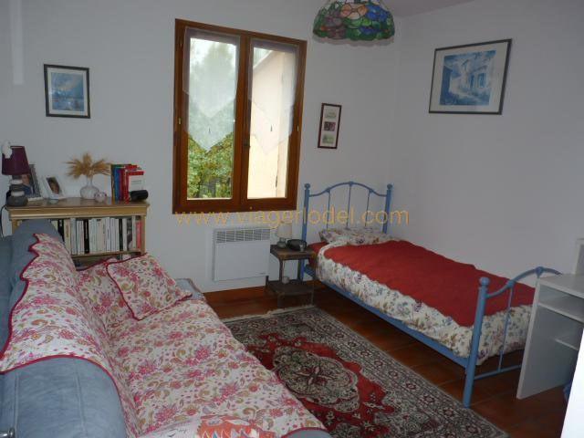 Investment property house / villa Draguignan 440000€ - Picture 8