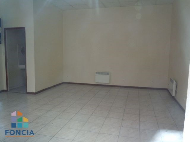 Location local commercial Saint-étienne 394€ CC - Photo 1