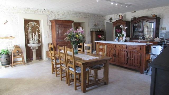 Vente maison / villa Tonnay boutonne 299620€ - Photo 3