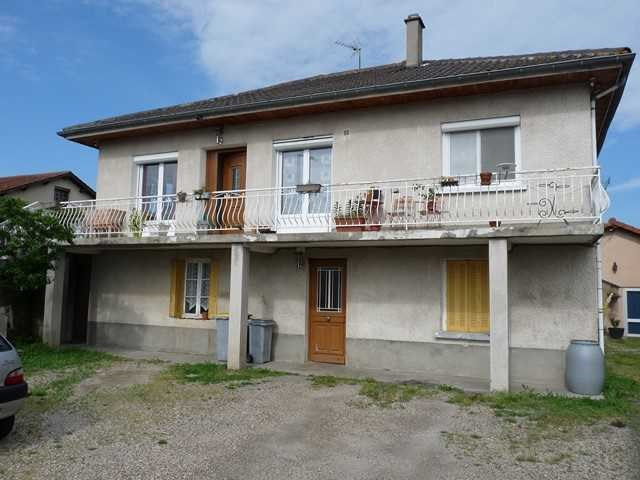 Investment property house / villa Precieux 135 000€ - Picture 1