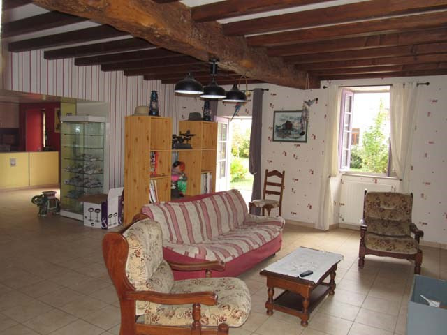 Sale house / villa Matha 233 200€ - Picture 4