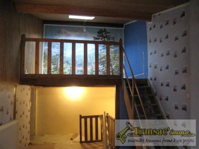 Sale house / villa Ris 51700€ - Picture 8