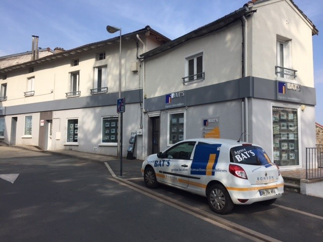 Location parking Roche-la-moliere 60€ CC - Photo 1