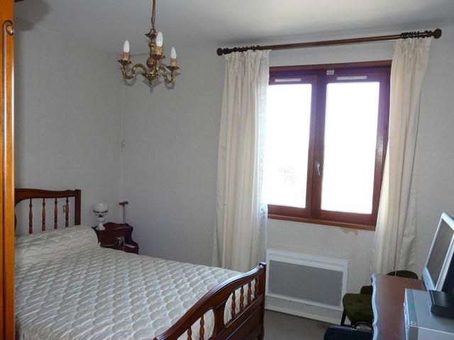 Revenda casa Saint-genest-lerpt 263000€ - Fotografia 5