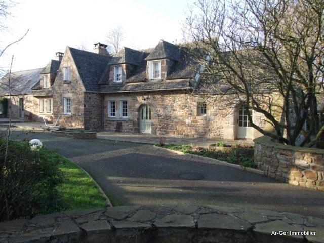 Sale house / villa St jean du doigt 299000€ - Picture 5