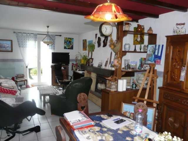 Sale house / villa Chambon-feugerolles (le) 149000€ - Picture 4