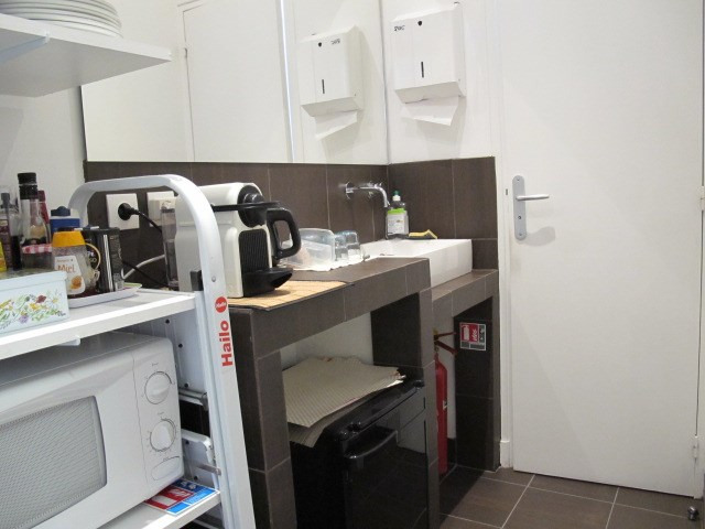 Locação escritório Paris 10ème 2120,54€ HT/HC - Fotografia 6
