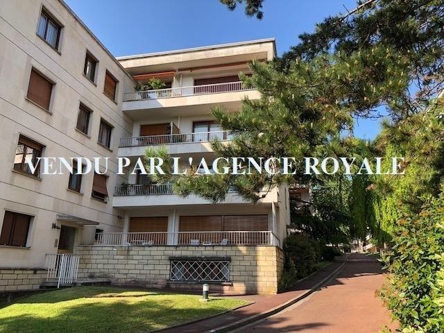 Sale apartment St germain en laye 390000€ - Picture 1