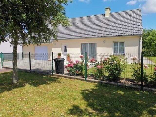 Sale house / villa Lessay 157750€ - Picture 1