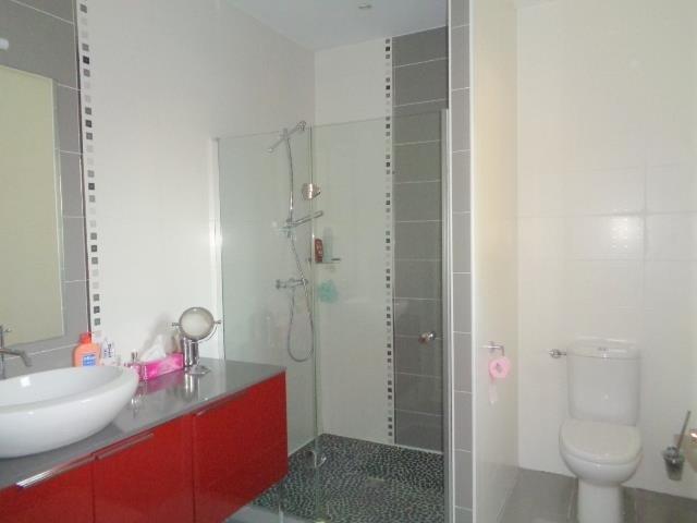 Sale house / villa Saint andre de cubzac 430000€ - Picture 8