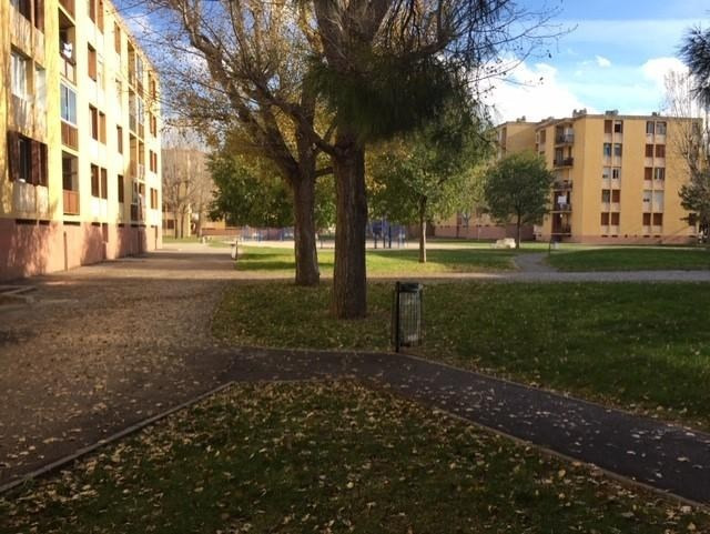 Sale apartment Marignane 84000€ - Picture 1