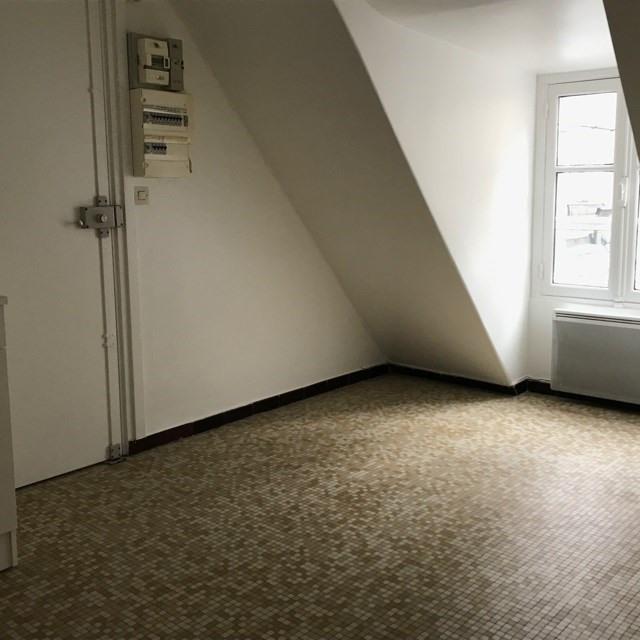 Locação apartamento Paris 9ème 1041€ CC - Fotografia 3
