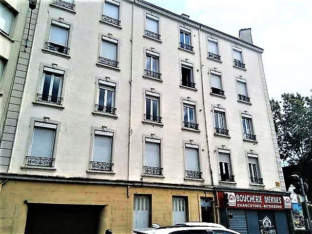 Location appartement Saint etienne 1145€ CC - Photo 8