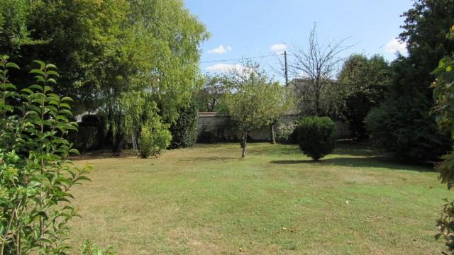 Vente maison / villa Saint-jean-d'angély 374850€ - Photo 2