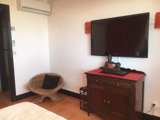 Sale apartment St francois 159500€ - Picture 7