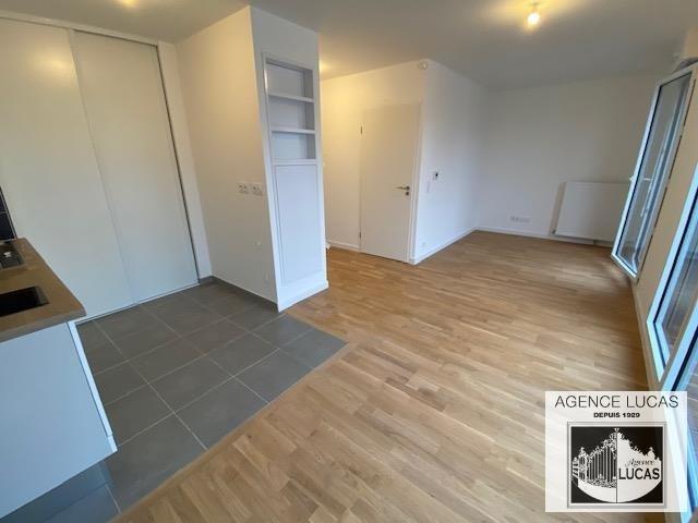 Rental apartment Beauchamp 1000€ CC - Picture 3
