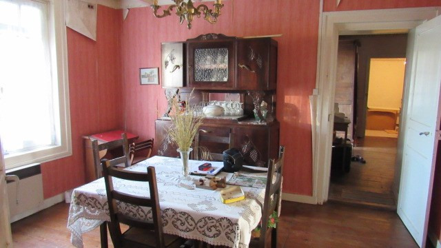 Sale house / villa Loulay 64 500€ - Picture 3