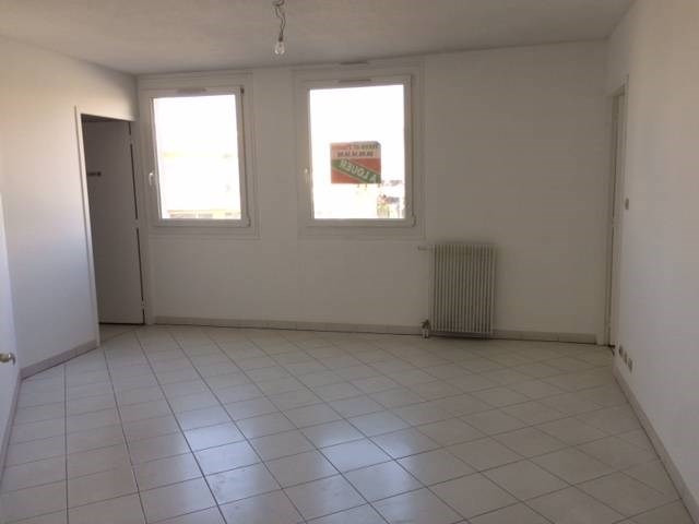 Location appartement Les angles 520€ CC - Photo 5