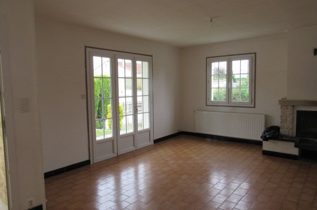 Sale house / villa Bords 161 120€ - Picture 4