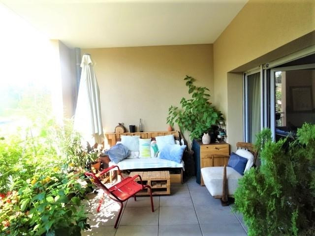 Deluxe sale apartment Peynier 340 000€ - Picture 2