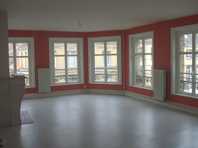 Location appartement Saint omer 595€ CC - Photo 2