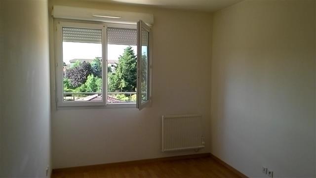 Location appartement Peronnas 514€ CC - Photo 4