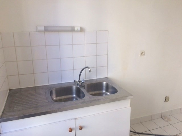 Location appartement Lyon 7ème 702€ CC - Photo 5