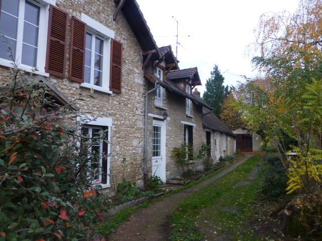 Location maison / villa Limetz-villez 1145€ CC - Photo 1
