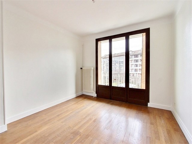 Location appartement Annecy 775€ CC - Photo 1