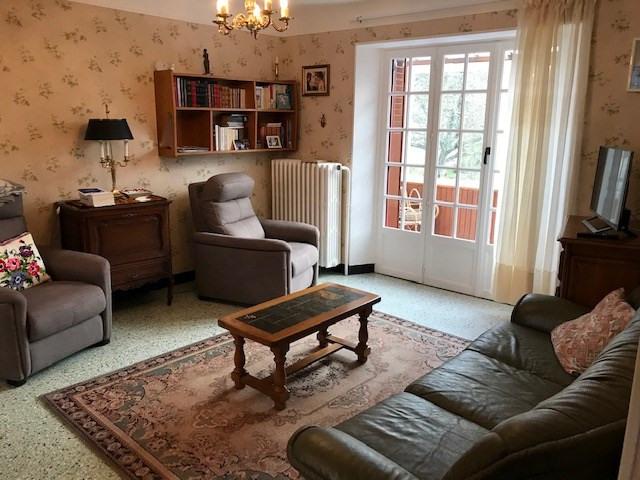 Sale house / villa Faremoutiers 247000€ - Picture 2