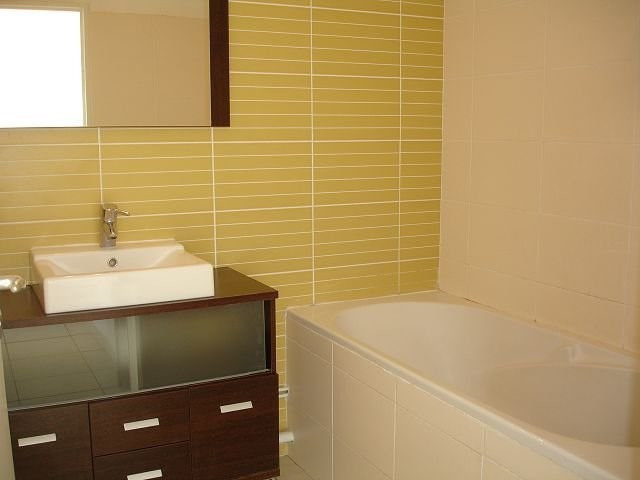 Location appartement Ste clotilde 798€ CC - Photo 5