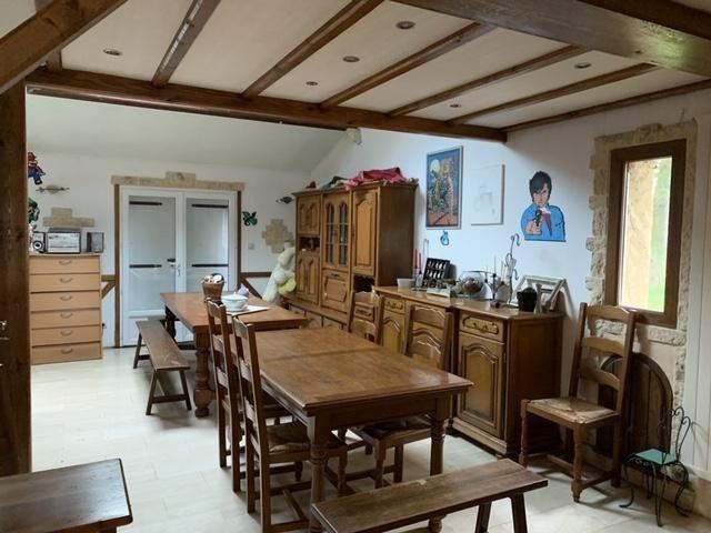 Sale house / villa Vouneuil sous biard 235840€ - Picture 2