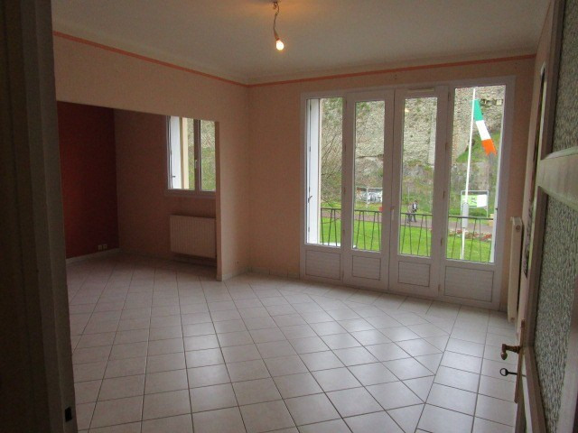 Location appartement St lo 580€ CC - Photo 3