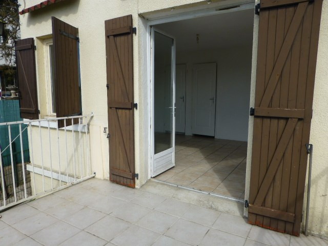 Location maison / villa Bennecourt 500€ CC - Photo 1